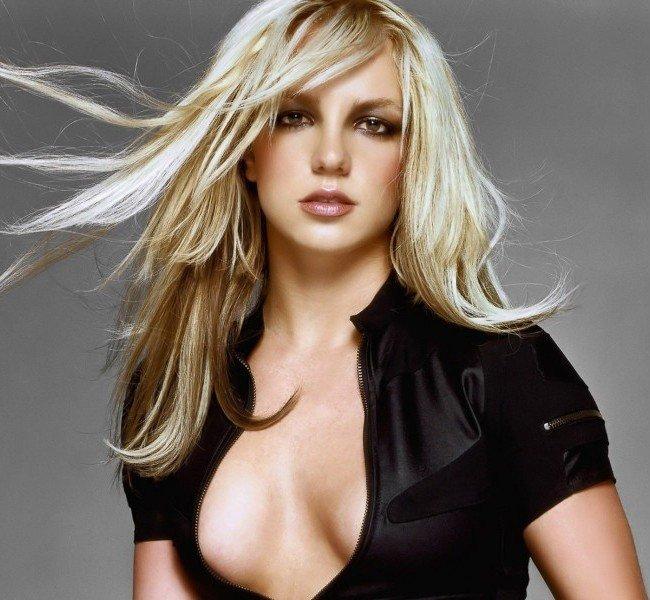 I film preferiti . Britney-spears-circus-wallpapers1-e1378639987102