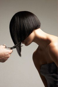 """Voglia di """"darci un taglio""""? Non mettere in moto le forbici prima di aver deciso bene che taglio di capelli desideri!"""