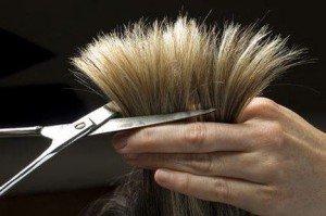 Voglia di cambiamento? Tagliati i capelli! Ma non scegliere un taglio qualsiasi: trova il taglio di capelli perfetto per te.