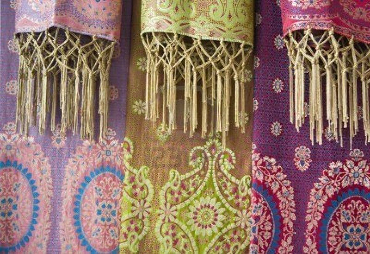 Sarong: quante cose può raccontare uno scampolo di stoffa?