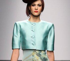 Il micro giacchino, il nuovo trend primavera estate 2013 micro giacchino celeste
