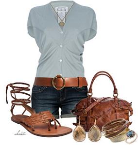 Gli outfit super ok per il tuo ferragosto al mare o in montagna ev