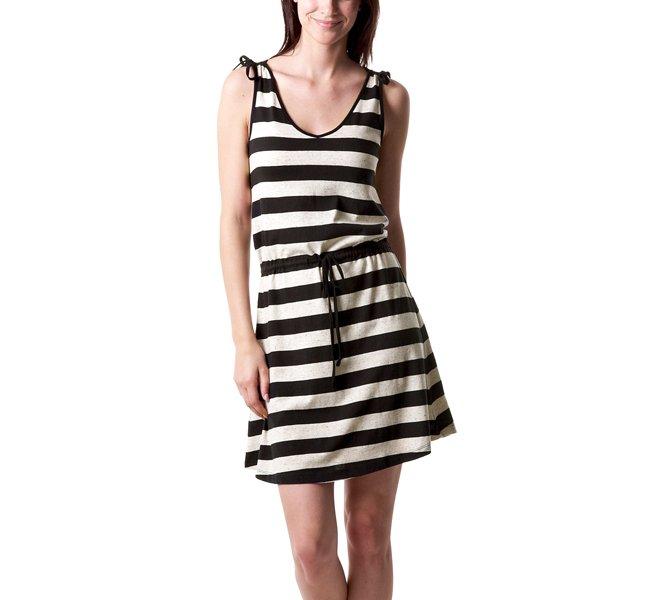 Cosa metto per fare shopping d'estate - Scegli un abito che si sfili velocemente