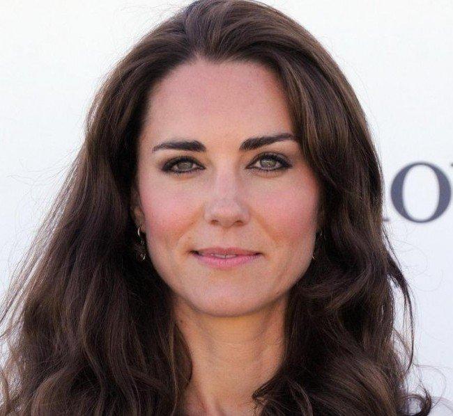 Trucco naso greco - Kate Middleton è un'altra rappresentante della casa reale inglese portatrice di naso greco!