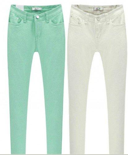 Cosa mi metto per conoscere i suoi in autunno/inverno - Come pantalone un jeans andrà benissimo o, se desideri essere più elegante, un jeans in cotone colorato sarà perfetto
