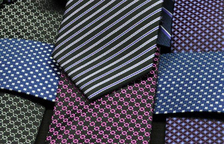 Camicia a fantasia? Attenzione all'abbinamento con la cravatta!