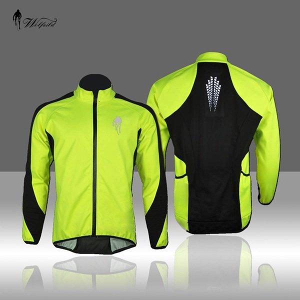 abbigliamento-uomo-bicicletta-autunno-inverno - Il giubbotto per l'inverno deve essere windproof, waterproof e breathable