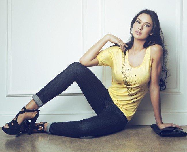 come-mi-vesto-bowling-donna-autunno-inverno - Scegli un jeans comodo, che ti permetta di muoverti liberamente