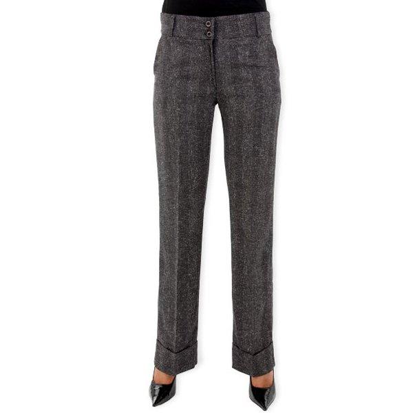 come-si-deve-vestire-una-donna-pera-inverno- Quali pantaloni deve indossare la donna a triangolo?