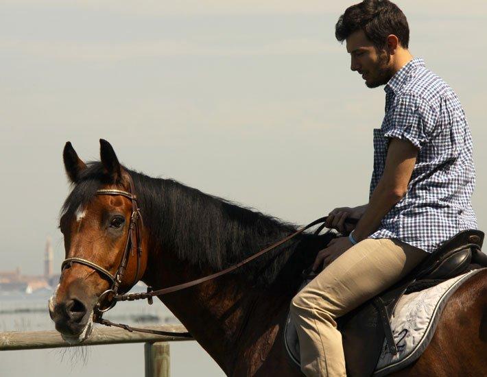 prima lezione di equitazione